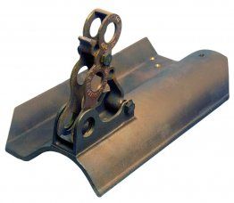Fitrite #532 3-pipe bronze snow fence bracket/Spanish Tile